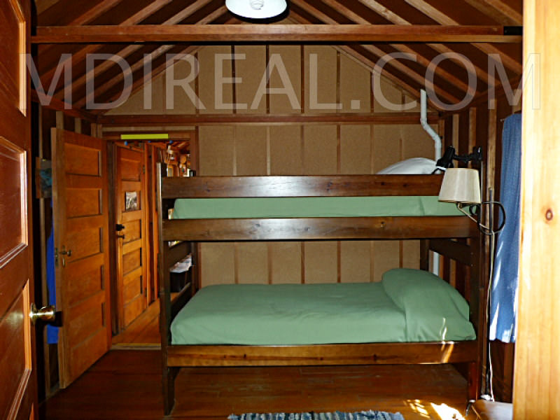 twin bunk beds at main house